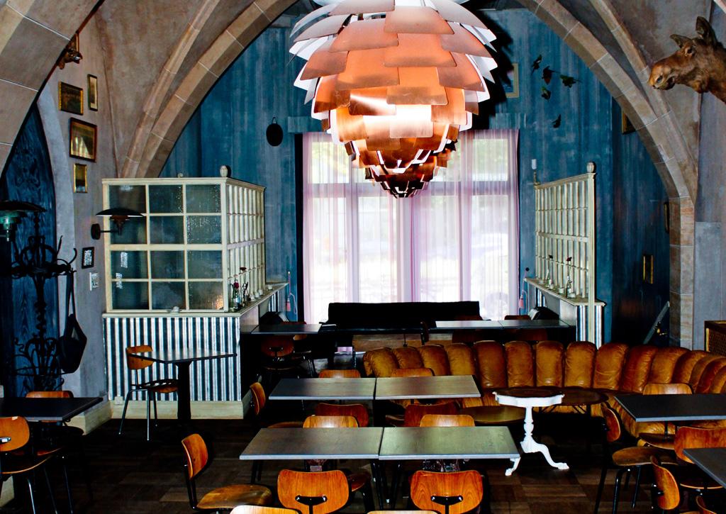 Vintage Restaurant in Kreuzberg, Poulsen, Eiermann