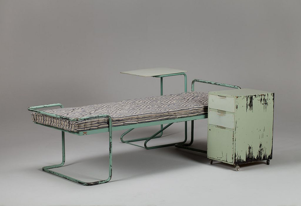Krankenbett Alvar Aalto, Foto © Jacksons Gallery