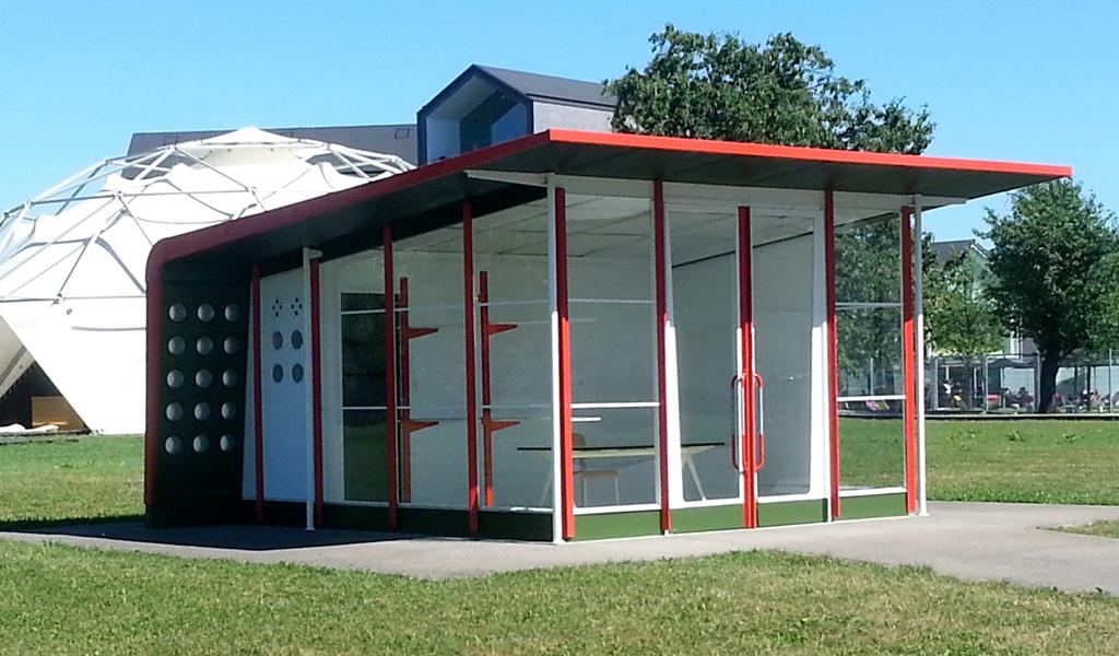 Jean Prouvé Vitra Campus in Weil am Rhein Petrol Station Zaha Hadid, Fehlbaum